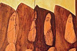 la Koinonia,particolare della pittura a olio e oro su legno di Margherita Pavesi