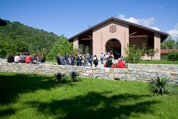 guests outside the monastic church